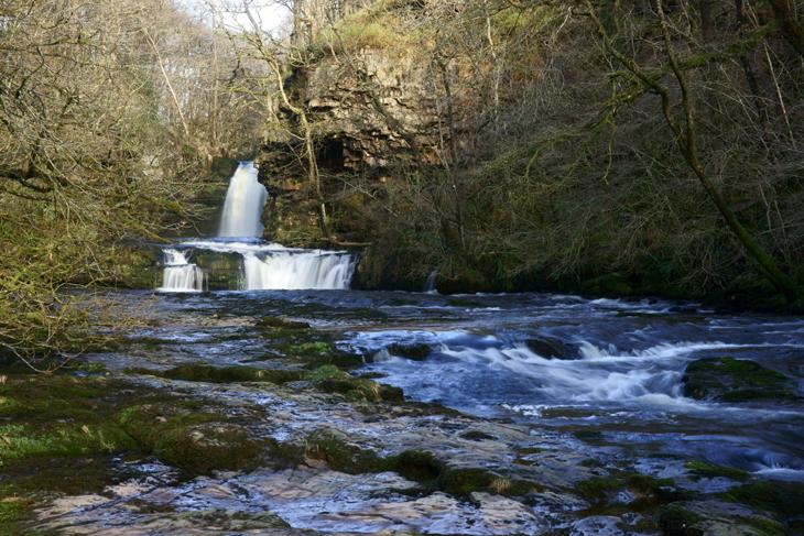 Sgwd Ddwli Isaf (the Lower Gushing Falls)